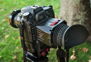 The Zacuto mounted on the Nikon D-7000.